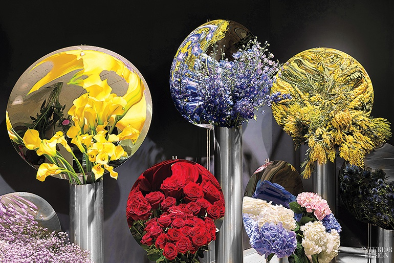 thumbs_alberto-caiola-julys-flower-shanghai-mirrors-behind-flowers-0617.jpg.770x0_q95